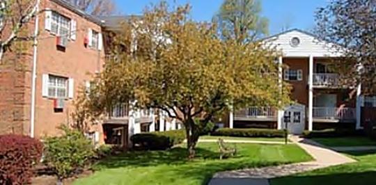222 Senator Place Cincinnati Oh Apartments For Rent