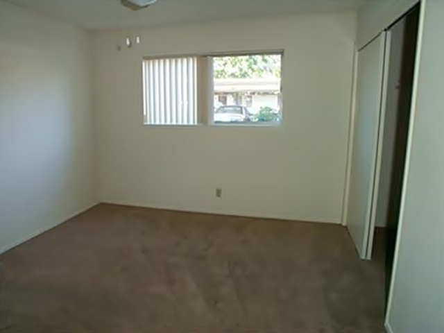 Image of apartment in Sacramento, CA located at 3151 El Camino Ave
