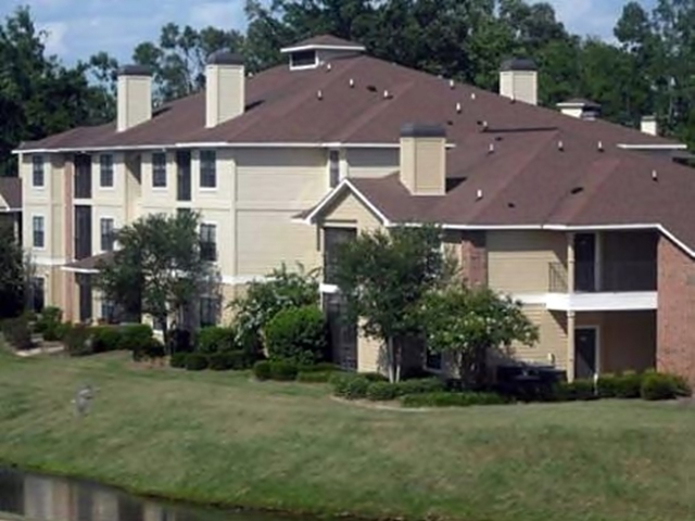 Image of apartment in Baton Rouge, LA located at 13675 Coursey Pl