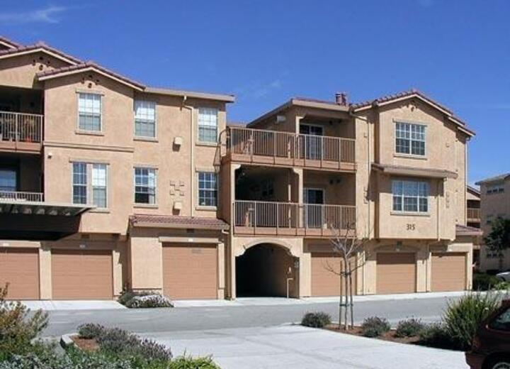 Palm Court Apartments Salinas Ca Apartments For Rent