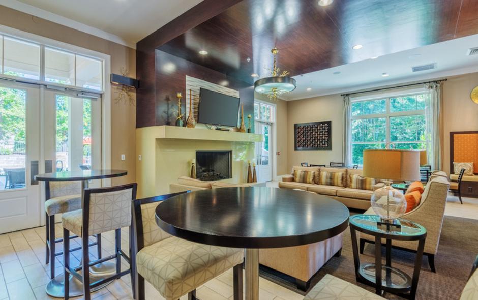 Lounge-Mezzo1 Apartments