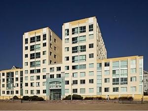 Sea Castle Santa Monica CA Apartments For Rent