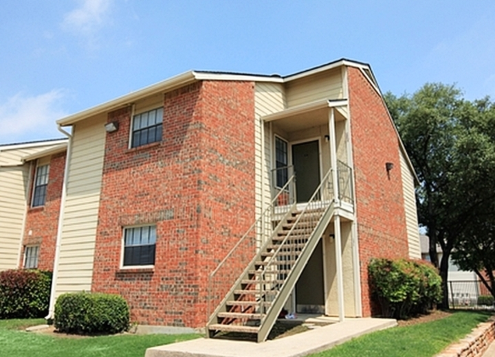 The Place At Harvestree Apartments Plano Tx