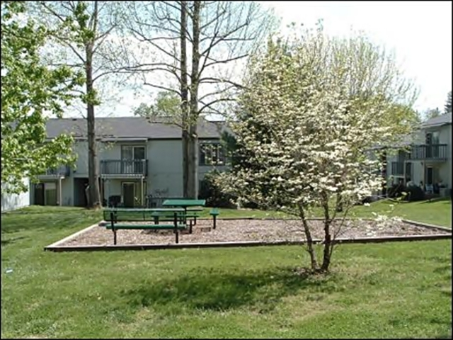 Bear Creek Apartments