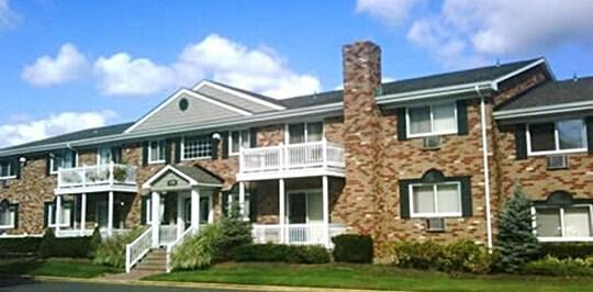 Lakeland Garden Apartments Sayville Ny
