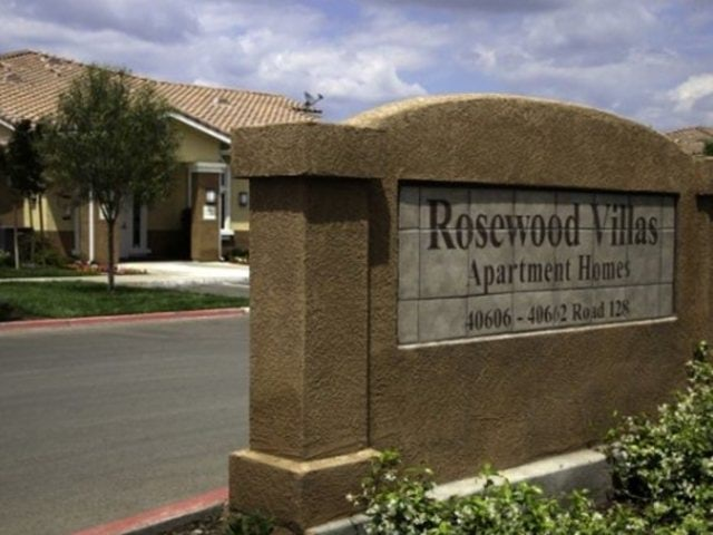 Rosewood Villas Apartments