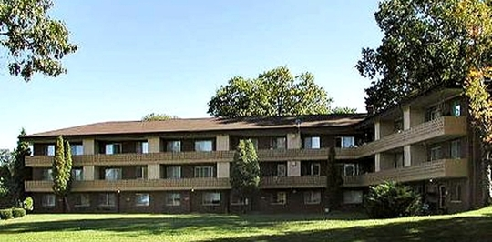 Shoreline beach club akron oh apartments for rent for One bedroom apartments in akron ohio