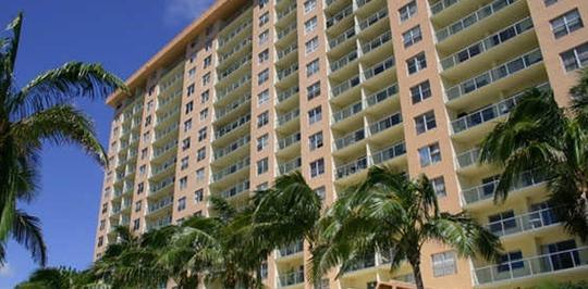 Marina Del Mar Sunny Isles Beach Fl