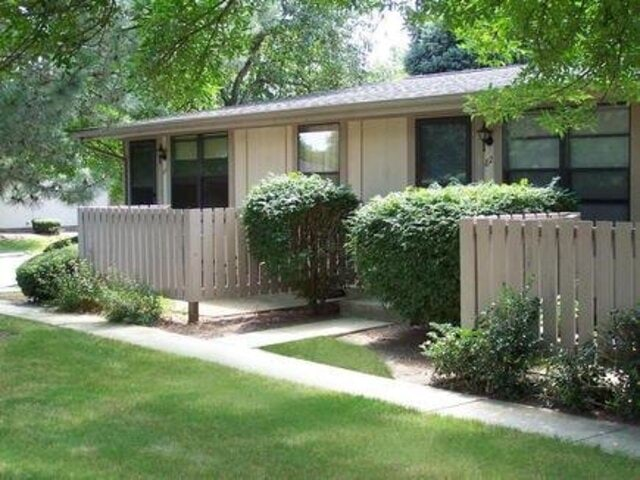 2069 Olivewood Dr Indianapolis IN Home for Lease