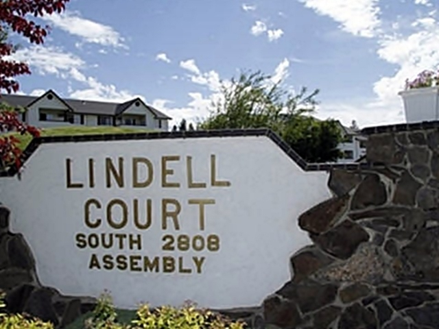 Lindell Court Apartments