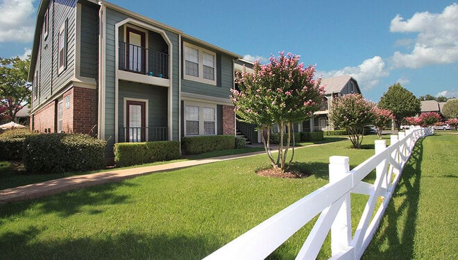 Apartments for Rent in Burleson, TX   Arbors Of Burleson - Home