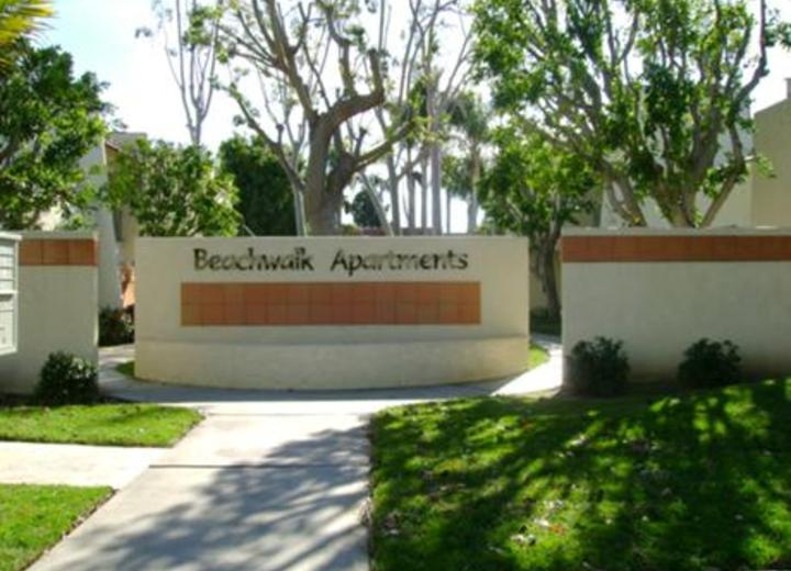 Beachwalk apartments huntington beach ca apartments for - 1 bedroom apartments in huntington beach ca ...