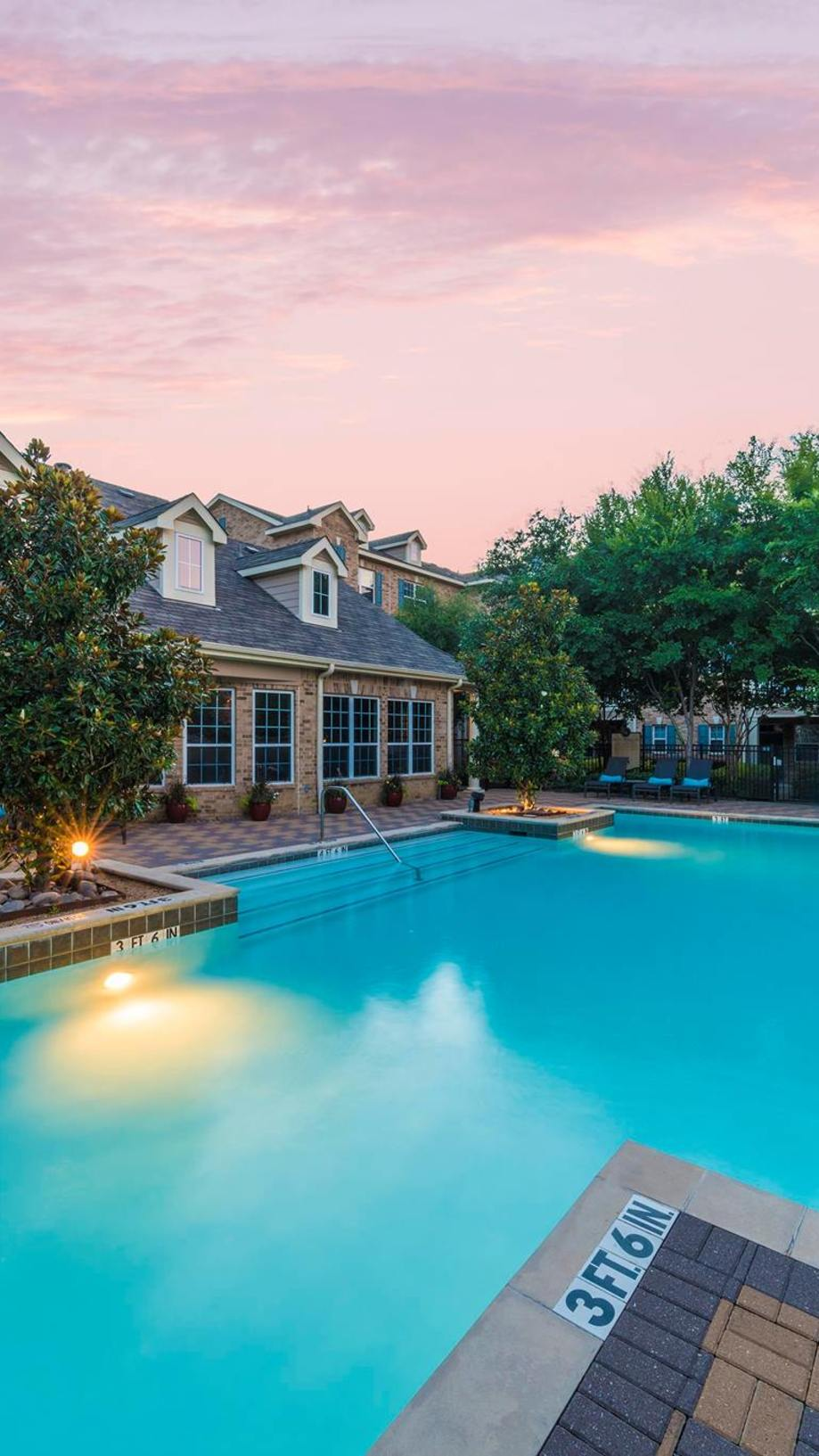 Luxury Townhome Apartments for Rent near Lower Greenville