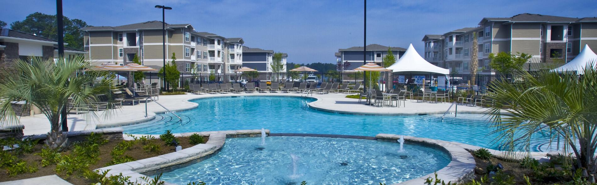 Pool-Residence at Marina Bay Apartments