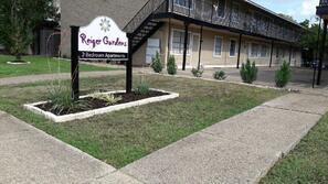 Contact Reiger Gardens