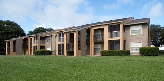Lakewood place brandon fl apartments for rent for 4 bedroom apartments brandon fl