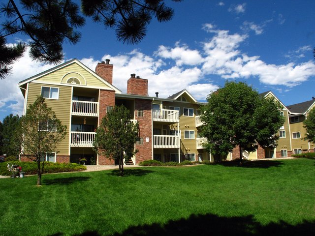 2540 Sunset Dr Longmont CO Apartment for Rent