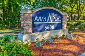 Contact Avian Place Apartments