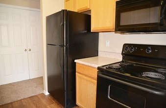 Stonehouse Apartments Photo Gallery - Kitchen