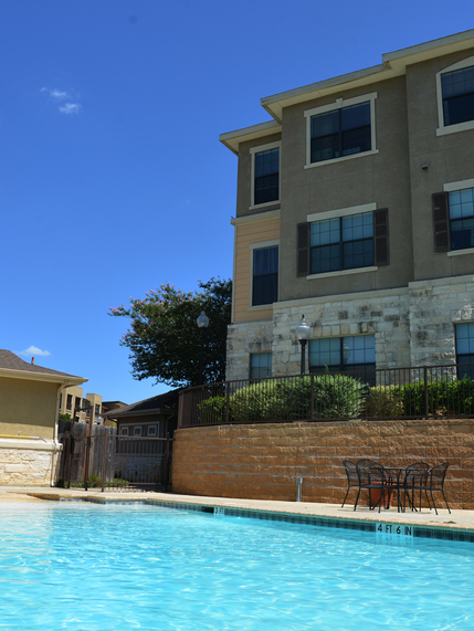 Stonehouse Apartments Photo Gallery - Pool