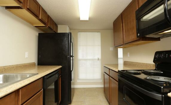 Westchase Apartments Floor Plans - Kitchen