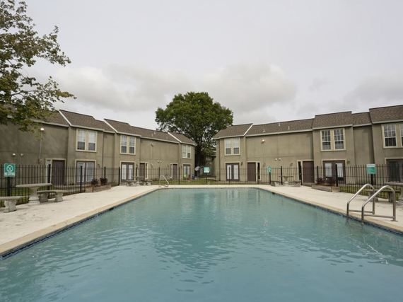 Westchase Apartments Photo Gallery - Pool