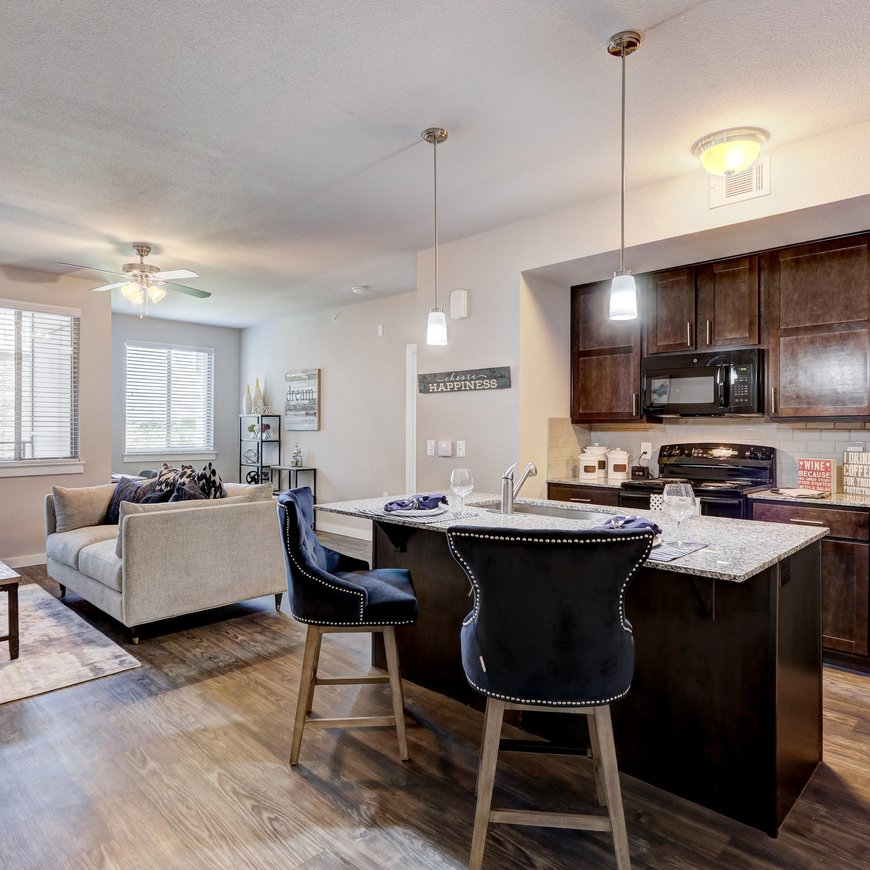 apartments for rent in oklahoma city ok the landing okc