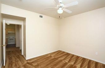 Madison Trail Apartments Gallery - Bedroom 1