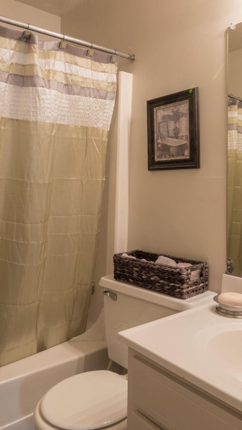 Stupendous Glendare Park Apartments In Winston Salem Nc Beutiful Home Inspiration Xortanetmahrainfo