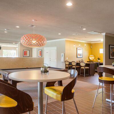 Southwest Austin Tx Apts For Rent Atlantic Grand Oaks