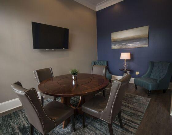Elegant Apartments For Rent Atlanta, GA | Rutherford Glen