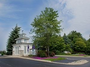 Village Green Of Rochester Hills | Rochester Hills, Michigan, 48307   MyNewPlace.com