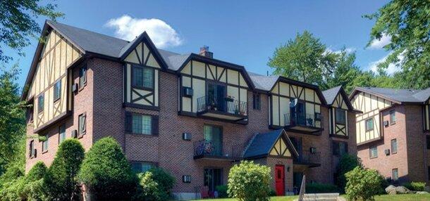 Royal Crest Estates Apartments
