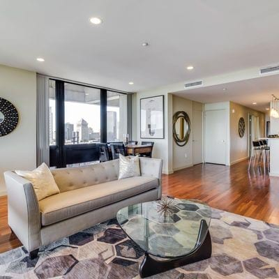 Live in Luxury at Pointe 400 Apartments in St  Louis, MO