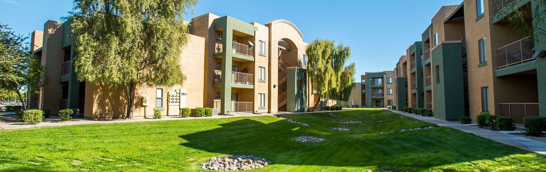 apartments in phoenix near asu esteban park