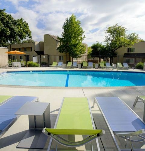 apartments in San Luis Obispo, CA resort style pool