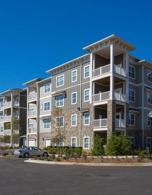 Rock Island Ridges Apartments in Phenix City, AL