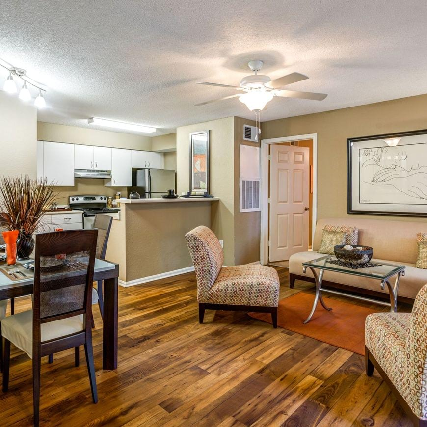Apartments in Orlando, FL | Park Central Apartments