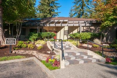 Contact Park in Bellevue