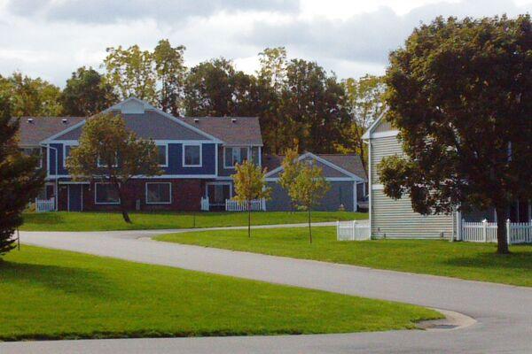 Henrietta, NY Stonewood Village Floor Plans | Apartments in ...