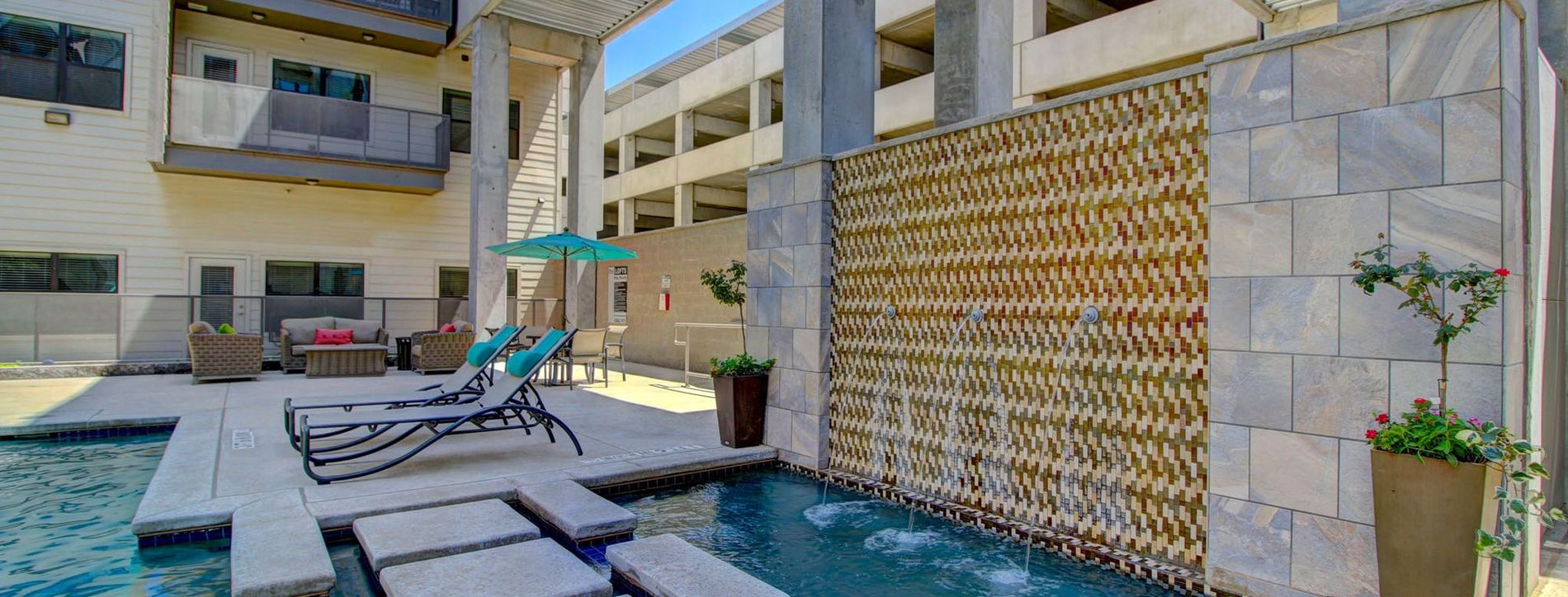 Clubhouse Resort Style Pool