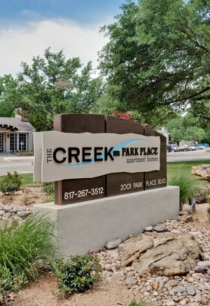The Creek on Park Place Apartments in Bedford TX rentals