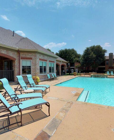 Riverchase Apartments Tulsa