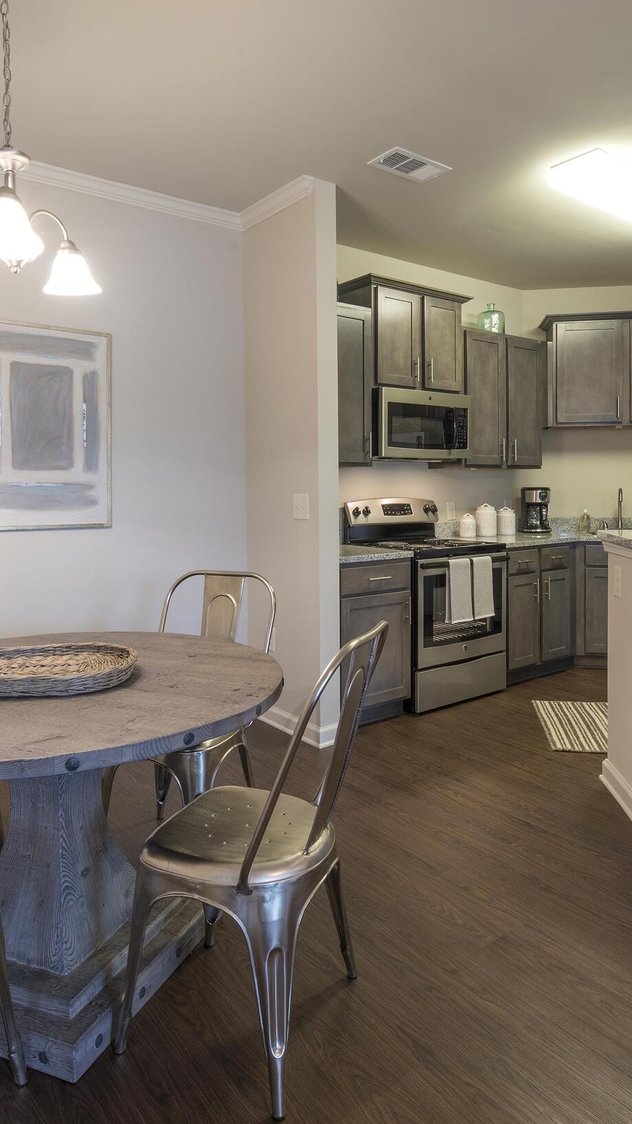 Fantastic 1 3 Bedroom Apartments In Maryville Tn Ridge At Hamilton Interior Design Ideas Skatsoteloinfo
