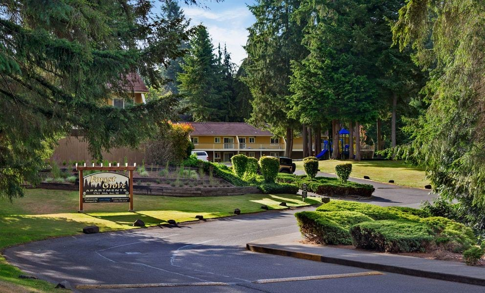 Forest Grove Apartments