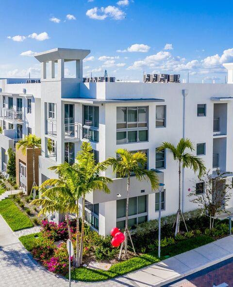 Exterior-ArtSquare Apartments