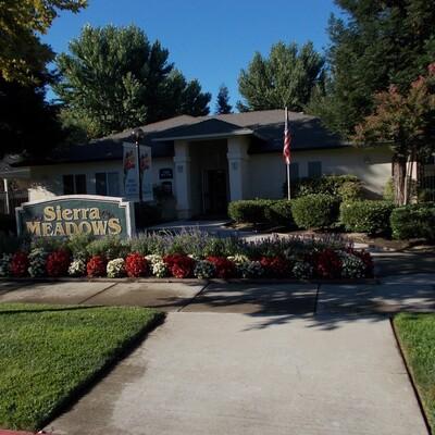 Apartment Rental Amenities in Merced, CA | Sierra Meadows Senior