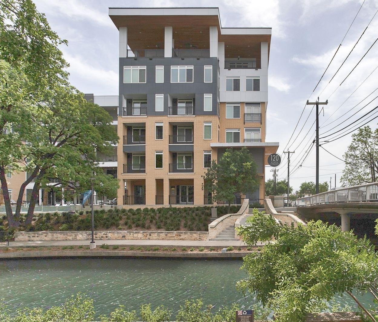 Riverwalk Apartments Downtown San Antonio | 120 Ninth Street