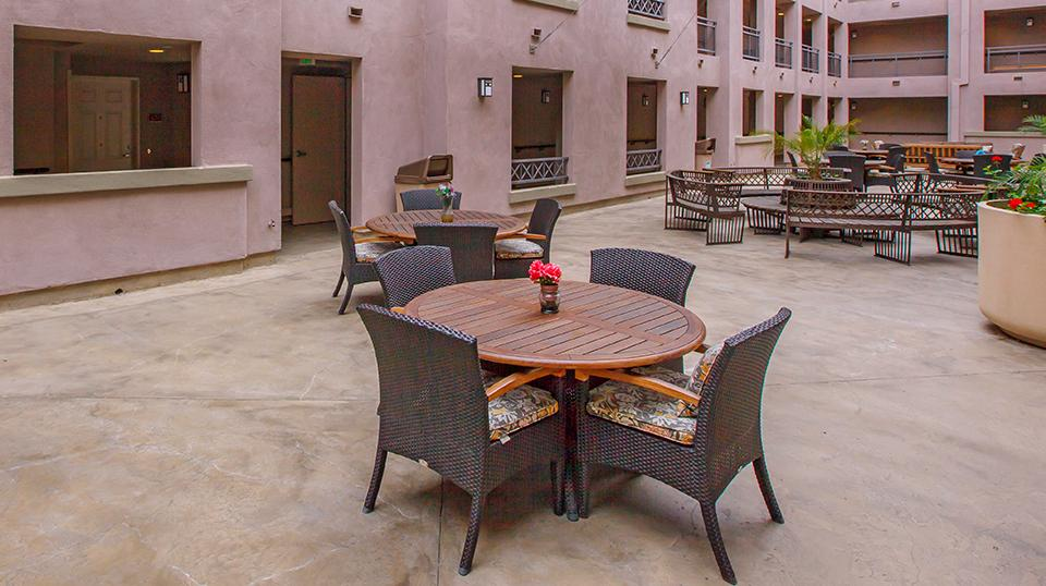COURTYARD TERRACES - courtyard with patio table and chairs