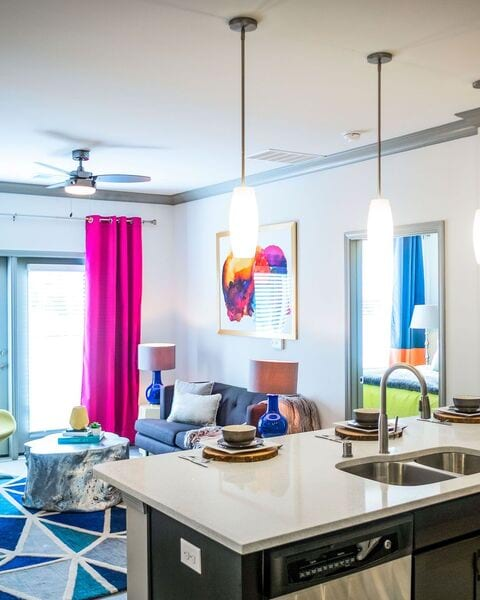 Groovy Apartments For Rent In Louisville Ky Axis On Lexington Home Download Free Architecture Designs Scobabritishbridgeorg